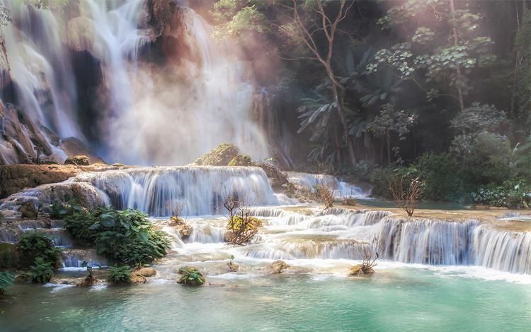 Laos_Luang-Prabang_Kuang-Si-Falls