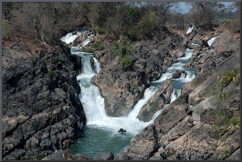 Li_Phi_Waterfall